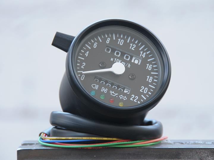 analog tachometer benders company ma geschneiderter. Black Bedroom Furniture Sets. Home Design Ideas